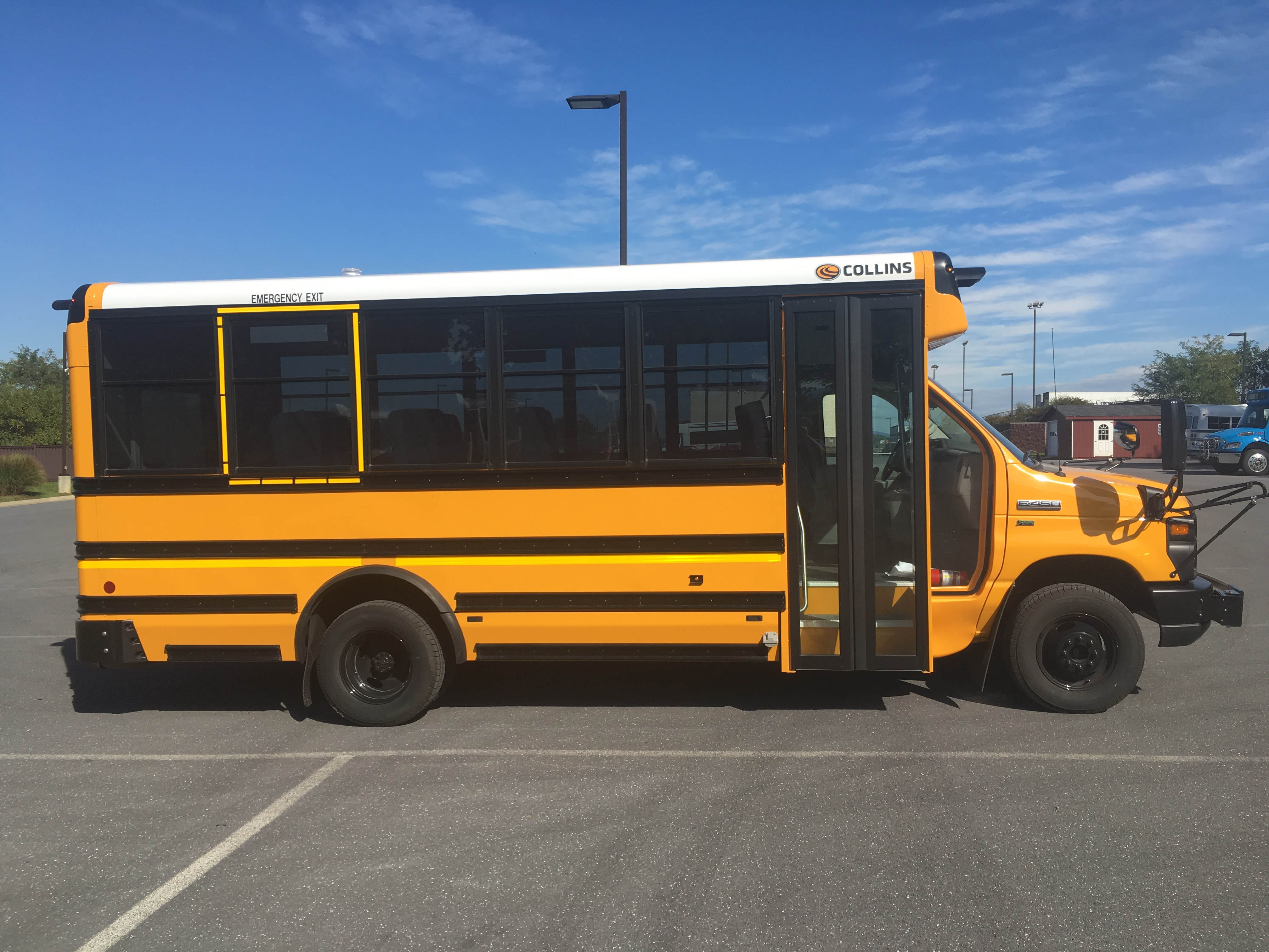 2017 Ford Collins School Bus 30 Passengers 020604
